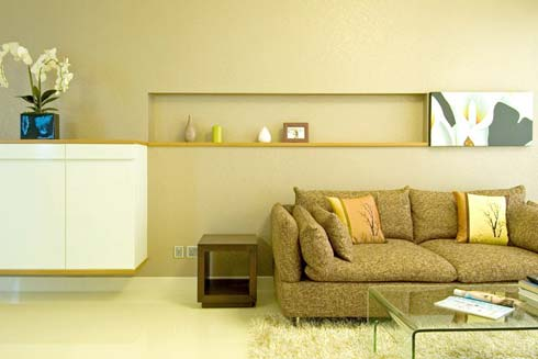 small-apartment-living-room-design-3
