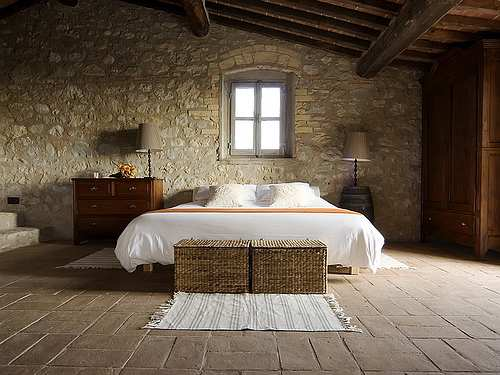 tuscan-bedroom