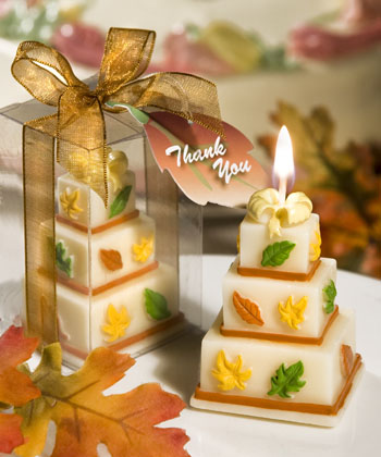 Fall-themed-wedding-cake-candle_5617_r